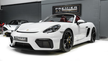 Porsche 718 4.0 SPYDER. 6-SPEED MANUAL. BRAND NEW CAR. SPYDER INTERIOR. SPORTS CHRONO. 3