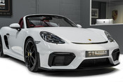 Porsche 718 4.0 SPYDER. 6-SPEED MANUAL. BRAND NEW CAR. SPYDER INTERIOR. SPORTS CHRONO. 28