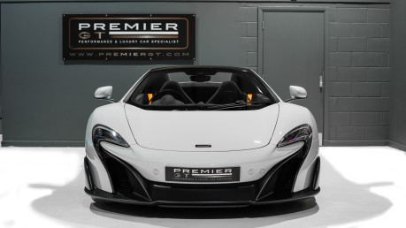 McLaren 675LT SPIDER. 3.8 V8. SSG CARBON FIBRE EXT PACK. CARBON FIBRE INT PACK FRONT LIFT 4