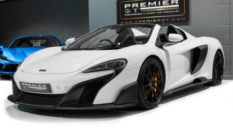 McLaren 675LT SPIDER. 3.8 V8. SSG CARBON FIBRE EXT PACK. CARBON FIBRE INT PACK FRONT LIFT 6