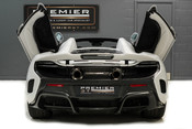McLaren 675LT SPIDER. 3.8 V8. SSG CARBON FIBRE EXT PACK. CARBON FIBRE INT PACK FRONT LIFT 13
