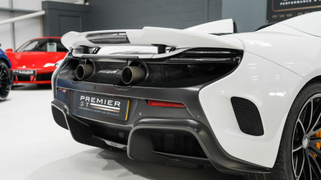McLaren 675LT SPIDER. 3.8 V8. SSG CARBON FIBRE EXT PACK. CARBON FIBRE INT PACK FRONT LIFT 15