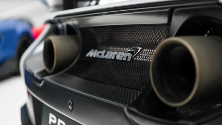 McLaren 675LT SPIDER. 3.8 V8. SSG CARBON FIBRE EXT PACK. CARBON FIBRE INT PACK FRONT LIFT 21