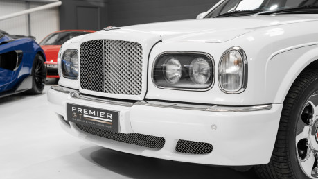 Bentley Arnage RED LABEL. NOW SOLD. SIMILAR VEHICLES REQUIRED. CALL 01903 254 800 23