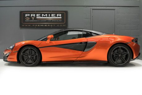 McLaren 570S SPIDER. V8 SSG.FRONT AXLE LIFT. FRONT END TOPAZ PPF. OVER £25K OF OPTIONS. 6