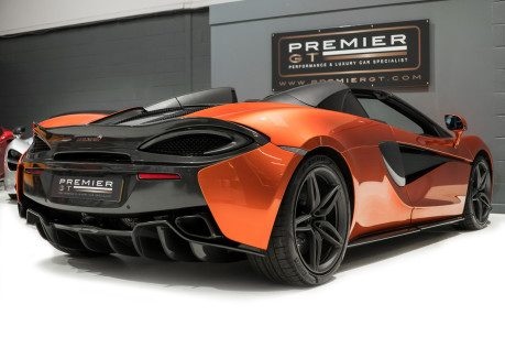 McLaren 570S SPIDER. V8 SSG.FRONT AXLE LIFT. FRONT END TOPAZ PPF. OVER £25K OF OPTIONS. 11