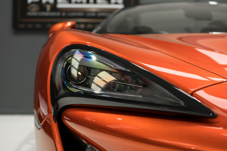 McLaren 570S SPIDER. V8 SSG.FRONT AXLE LIFT. FRONT END TOPAZ PPF. OVER £25K OF OPTIONS. 28