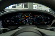 Porsche 911 CARRERA S PDK. SPORTS CHRONO PACKAGE. SPORTS EXHAUST. BOSE SOUND SYSTEM. 37
