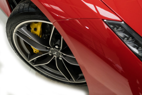 Ferrari 488 SPIDER. CARBON EXT & INT PACKS. PASSENGER DISPLAY. FRONT LIFT. REAR CAMERA. 24