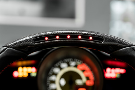 Ferrari 488 SPIDER. CARBON EXT & INT PACKS. PASSENGER DISPLAY. FRONT LIFT. REAR CAMERA. 47