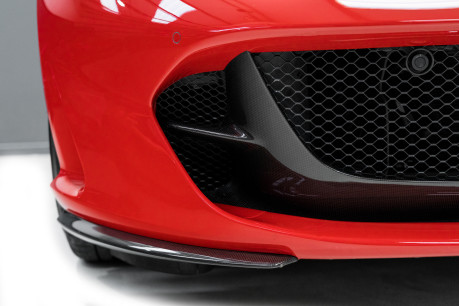 Ferrari 812 Superfast 6.5 V12. CARBON FIBRE DRIVER ZONE WITH LEDS. PASSENGER DISPLAY. FULL PPF. 22
