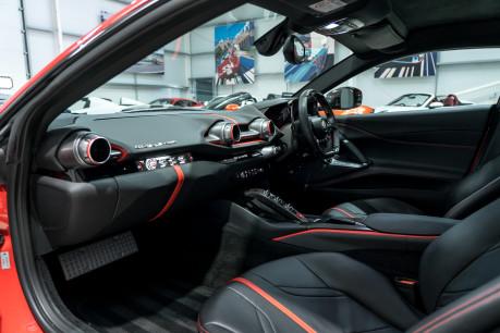 Ferrari 812 Superfast 6.5 V12. CARBON FIBRE DRIVER ZONE WITH LEDS. PASSENGER DISPLAY. FULL PPF. 36