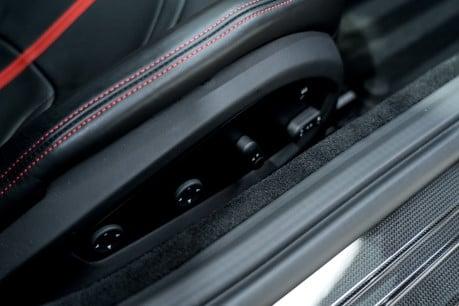 Ferrari 812 Superfast 6.5 V12. CARBON FIBRE DRIVER ZONE WITH LEDS. PASSENGER DISPLAY. FULL PPF. 41