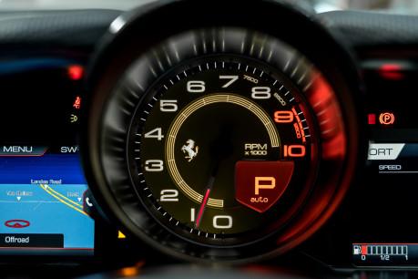 Ferrari 812 Superfast 6.5 V12. CARBON FIBRE DRIVER ZONE WITH LEDS. PASSENGER DISPLAY. FULL PPF. 46