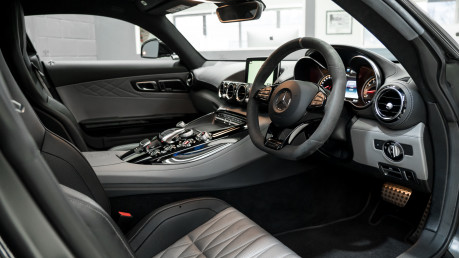 Mercedes-Benz Amg GT GT C EDITION 50. PREMIUM PACKAGE. AMG DYNAMIC PLUS PACKAGE. LTD EDITION. 28