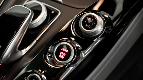 Mercedes-Benz Amg GT GT C EDITION 50. PREMIUM PACKAGE. AMG DYNAMIC PLUS PACKAGE. LTD EDITION. 50