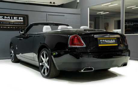 Rolls-Royce Dawn 6.6 V12. ULTIMATE COLOUR COMBINATION & SPECIFICATION. 1 OWNER FROM NEW. 7