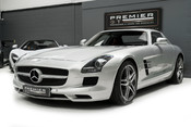 Mercedes-Benz SLS AMG. 6.2 V8. GREAT SPECIFICATION. EXCLUSIVE RED LEATHER. B & O BEOSOUND. 6