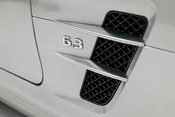 Mercedes-Benz SLS AMG. 6.2 V8. GREAT SPECIFICATION. EXCLUSIVE RED LEATHER. B & O BEOSOUND. 22