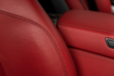 Mercedes-Benz SLS AMG. 6.2 V8. GREAT SPECIFICATION. EXCLUSIVE RED LEATHER. B & O BEOSOUND. 41