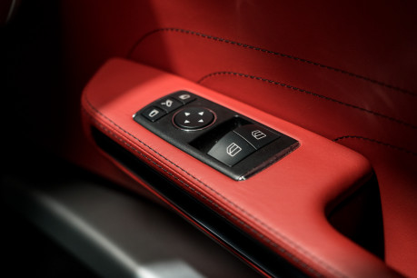 Mercedes-Benz SLS AMG. 6.2 V8. GREAT SPECIFICATION. EXCLUSIVE RED LEATHER. B & O BEOSOUND. 42