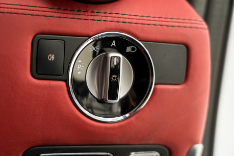 Mercedes-Benz SLS AMG. 6.2 V8. GREAT SPECIFICATION. EXCLUSIVE RED LEATHER. B & O BEOSOUND. 43