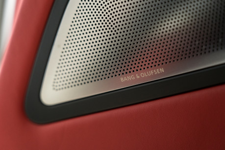 Mercedes-Benz SLS AMG. 6.2 V8. GREAT SPECIFICATION. EXCLUSIVE RED LEATHER. B & O BEOSOUND. 57