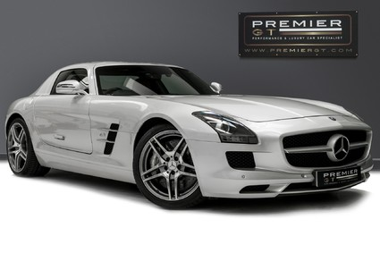 Mercedes-Benz SLS AMG. 6.2 V8. GREAT SPECIFICATION. EXCLUSIVE RED LEATHER. B & O BEOSOUND.