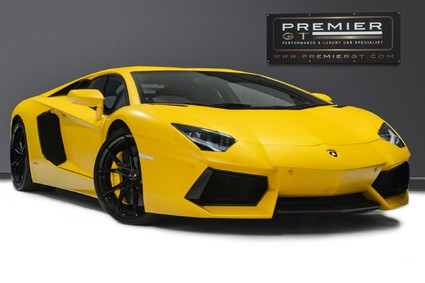 Lamborghini Aventador LP700-4 6.5 V12 COUPE. GREAT SPEC. £10K OPTIONAL PAINT. GLASS ENGINE COVER.