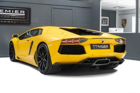 Lamborghini Aventador LP700-4 6.5 V12 COUPE. GREAT SPEC. £10K OPTIONAL PAINT. GLASS ENGINE COVER. 9