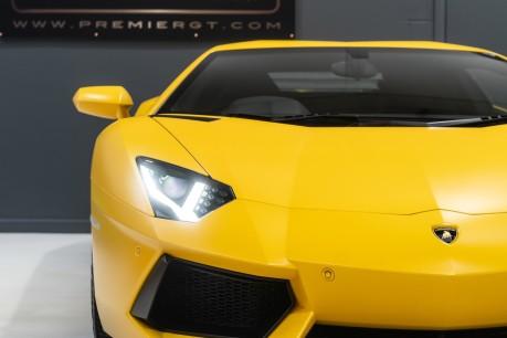 Lamborghini Aventador LP700-4 6.5 V12 COUPE. GREAT SPEC. £10K OPTIONAL PAINT. GLASS ENGINE COVER. 15