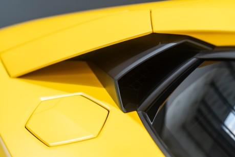 Lamborghini Aventador LP700-4 6.5 V12 COUPE. GREAT SPEC. £10K OPTIONAL PAINT. GLASS ENGINE COVER. 21