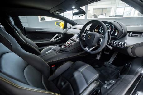 Lamborghini Aventador LP700-4 6.5 V12 COUPE. GREAT SPEC. £10K OPTIONAL PAINT. GLASS ENGINE COVER. 37