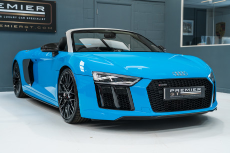 Audi R8 V10 PLUS QUATTRO SPYDER. AUDI SPORT PACK. SPORTS EXHAUST. FRONT END PPF. 29