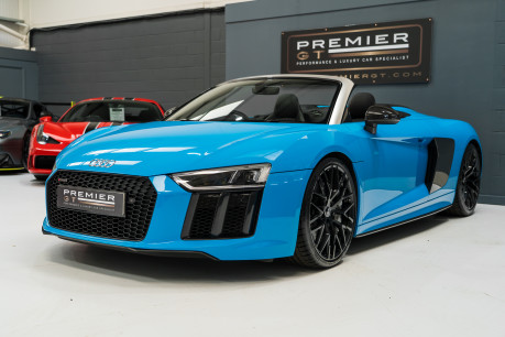 Audi R8 V10 PLUS QUATTRO SPYDER. AUDI SPORT PACK. SPORTS EXHAUST. FRONT END PPF. 3
