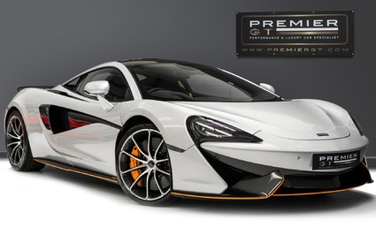 McLaren 570S V8 3.8 SSG. VEHICLE LIFT SYSTEM. REAR CAMERA. MCLAREN WARRANTY UNTIL 2022.