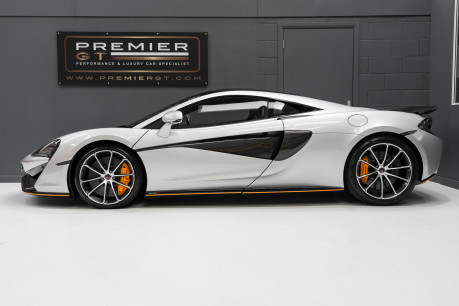 McLaren 570S V8 3.8 SSG. VEHICLE LIFT SYSTEM. REAR CAMERA. MCLAREN WARRANTY UNTIL 2022 6