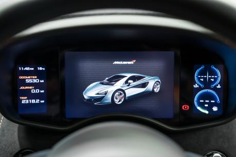 McLaren 570S V8 3.8 SSG. VEHICLE LIFT SYSTEM. REAR CAMERA. MCLAREN WARRANTY UNTIL 2022 38