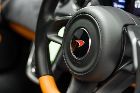 McLaren 570S V8 3.8 SSG. VEHICLE LIFT SYSTEM. REAR CAMERA. MCLAREN WARRANTY UNTIL 2022 39