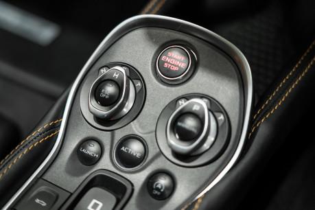 McLaren 570S V8 3.8 SSG. VEHICLE LIFT SYSTEM. REAR CAMERA. MCLAREN WARRANTY UNTIL 2022 43