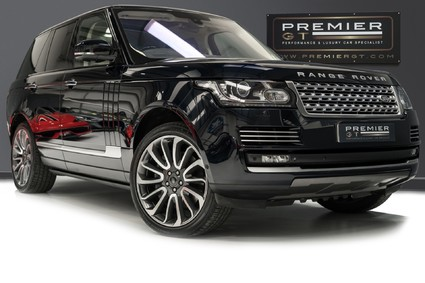 Land Rover Range Rover AUTOBIOGRAPHY. 5.0 V8 SUPERCHARGED. PANO ROOF. HUD. DEPLOYABLE STEPS.