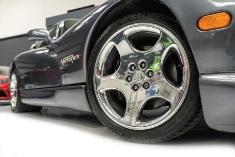 Dodge Viper GTS. 8.0 V10. LIMITED RUN PAINTWORK. SPORT SUSPENSION. RARE MODEL. 28