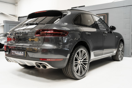 Porsche Macan S D 3.0 V6 PDK. HUGE SPECIFICATION. NOW SOLD. SIMILAR VEHICLES REQUIRED. 7