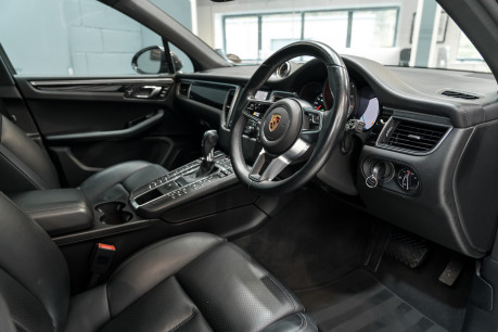 Porsche Macan S D 3.0 V6 PDK. HUGE SPECIFICATION. NOW SOLD. SIMILAR VEHICLES REQUIRED. 28
