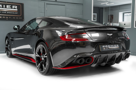 Aston Martin Vanquish S 6.0 V12. HUGE SPECIFICATION. OVER £38,000 OF OPTIONS. 1 OWNER. 6
