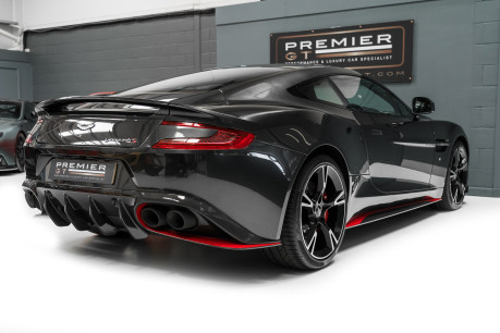 Aston Martin Vanquish S 6.0 V12. HUGE SPECIFICATION. OVER £38,000 OF OPTIONS. 1 OWNER. 8