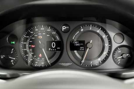 Aston Martin Vanquish S 6.0 V12. HUGE SPECIFICATION. OVER £38,000 OF OPTIONS. 1 OWNER. 50