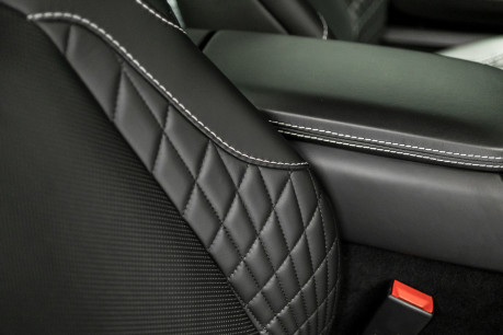 Aston Martin Vanquish S 6.0 V12. HUGE SPECIFICATION. OVER £38,000 OF OPTIONS. 1 OWNER. 55