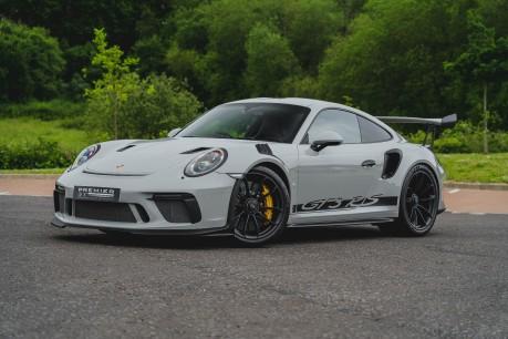 Porsche 911 GT3 RS 4.0 PDK. 991.2. CLUBSPORT PACK. PCCBS. FRONT AXLE LIFT. BOSE. 2