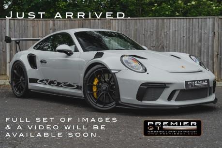 Porsche 911 GT3 RS 4.0 PDK. 991.2. CLUBSPORT PACK. PCCBS. FRONT AXLE LIFT. BOSE. 1